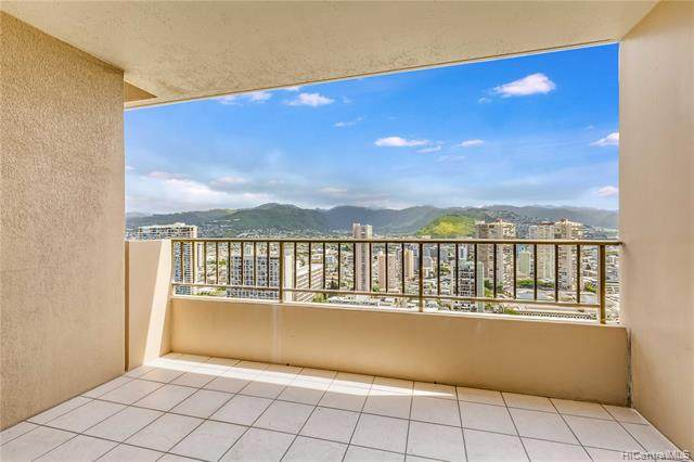 2121 Ala Wai Boulevard #3702, Honolulu, HI 96815 (MLS #202006829) :: Team Maxey Hawaii