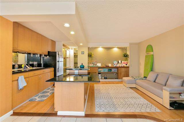 1155 Hassinger Street #702, Honolulu, HI 96822 (MLS #202007293) :: Keller Williams Honolulu