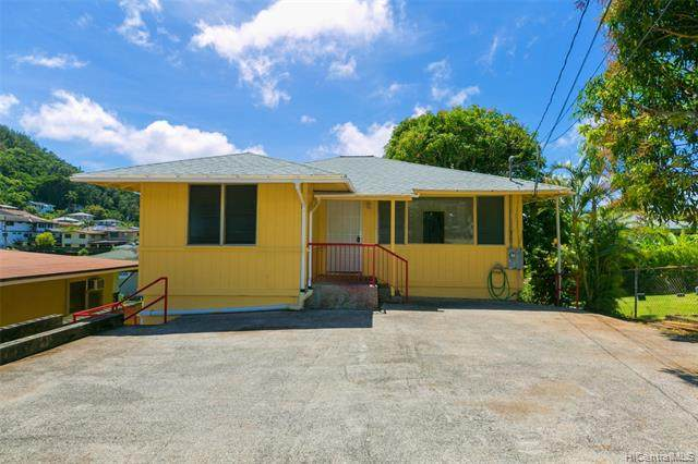 1617 Violet Street, Honolulu, HI 96819 (MLS #202007354) :: The Ihara Team