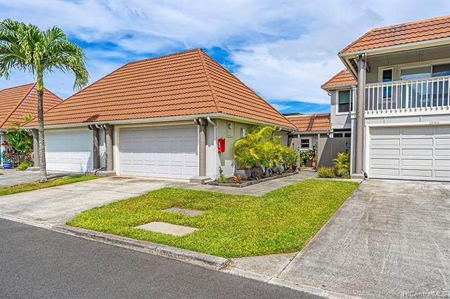 575 Keolu Drive F, Kailua, HI 96734 (MLS #202011883) :: The Ihara Team