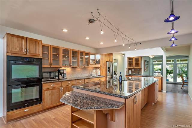 281 Aikane Place, Kailua, HI 96734 (MLS #202011942) :: Island Life Homes