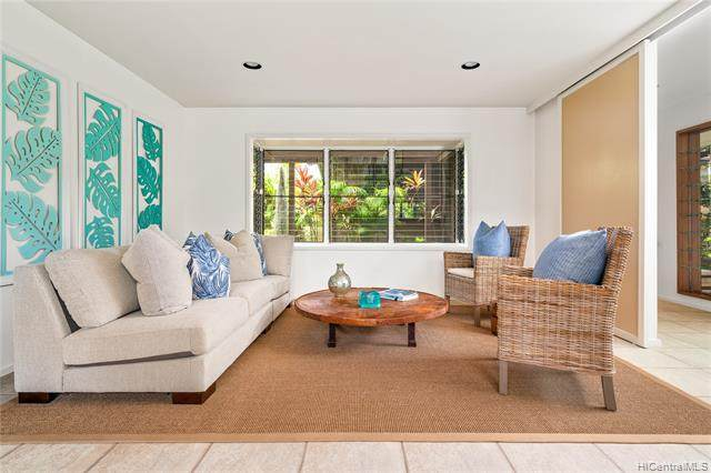 1120 Makaiwa Street, Honolulu, HI 96816 (MLS #202012329) :: The Ihara Team