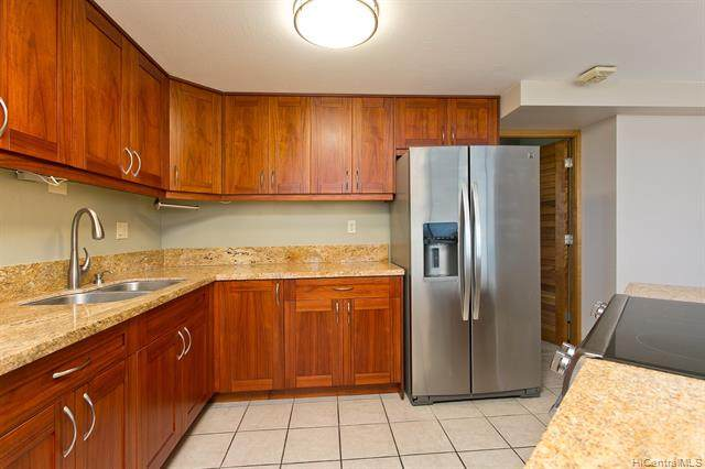 1060 Kamehameha Highway 2801B, Pearl City, HI 96782 (MLS #202012487) :: The Ihara Team
