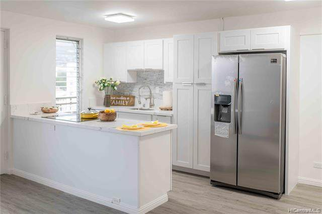 1670 Kalakaua Avenue #806, Honolulu, HI 96826 (MLS #202012721) :: Elite Pacific Properties