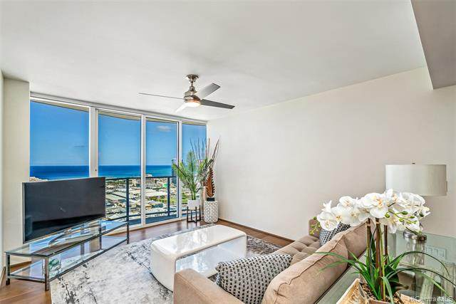 888 Kapiolani Boulevard #3807, Honolulu, HI 96813 (MLS #202014673) :: Keller Williams Honolulu