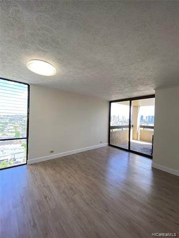 1505 Alexander Street #1403, Honolulu, HI 96822 (MLS #202018364) :: LUVA Real Estate