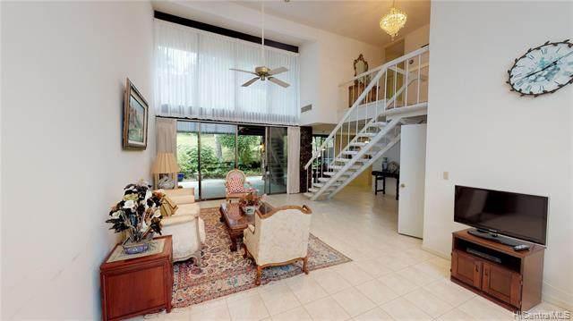 3086 La Pietra Circle #17, Honolulu, HI 96815 (MLS #202023370) :: Corcoran Pacific Properties