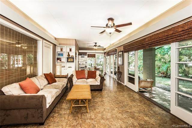 1459 Aalapapa Drive, Kailua, HI 96734 (MLS #202023662) :: LUVA Real Estate