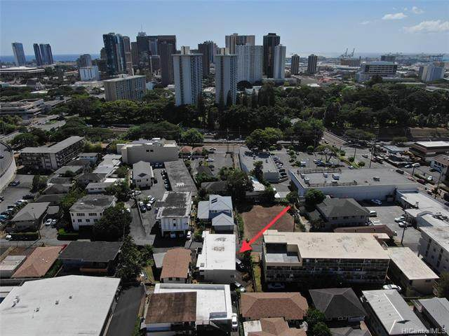 34 Hialoa Street, Honolulu, HI 96817 (MLS #202024450) :: The Ihara Team