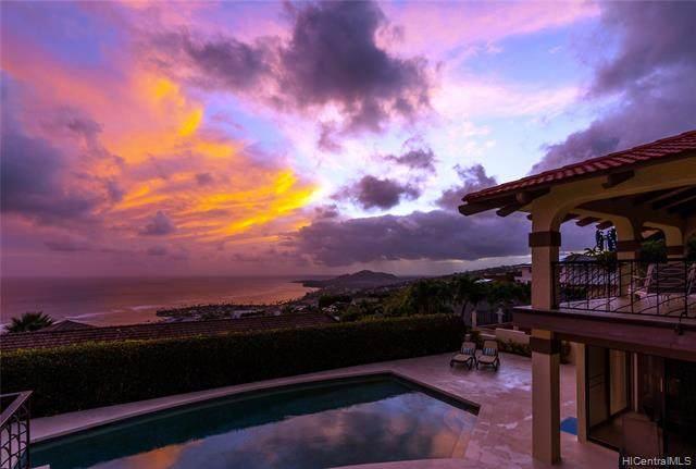 558 Puuikena Drive, Honolulu, HI 96821 (MLS #202025020) :: Corcoran Pacific Properties