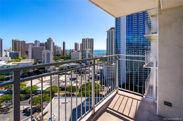 1655 Makaloa Street #2107, Honolulu, HI 96814 (MLS #202025392) :: Island Life Homes