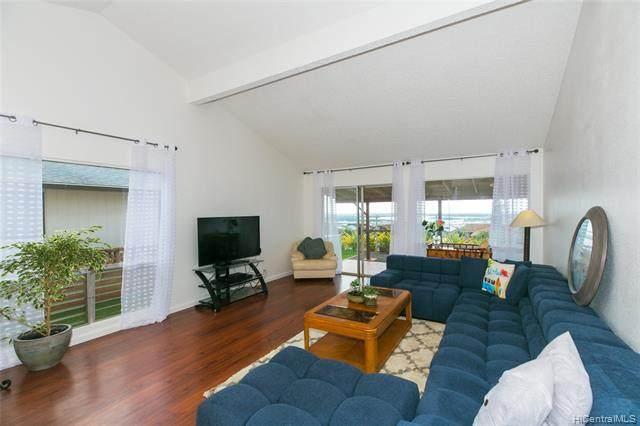 94-689 Kamalo Street, Waipahu, HI 96797 (MLS #202025550) :: The Ihara Team