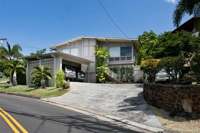 1399 St Louis Drive, Honolulu, HI 96816 (MLS #202025616) :: LUVA Real Estate