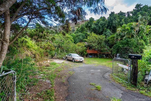 1606 Laulani Street, Honolulu, HI 96819 (MLS #202028128) :: LUVA Real Estate