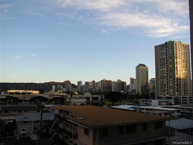 555 University Avenue - Photo 1