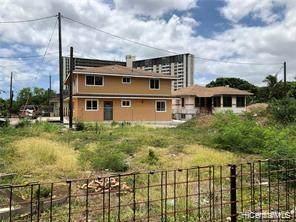 2141 N School Street, Honolulu, HI 96819 (MLS #202032283) :: Island Life Homes