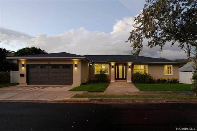180 Niuiki Circle, Honolulu, HI 96821 (MLS #202100623) :: LUVA Real Estate