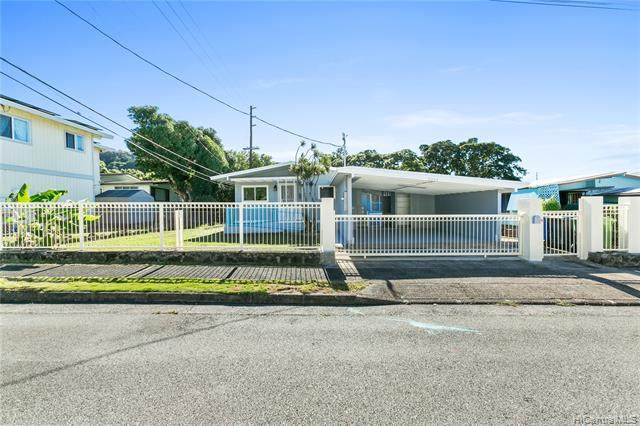 2203 Jennie Street, Honolulu, HI 96819 (MLS #202100879) :: Team Lally