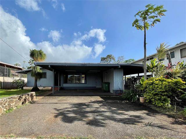 1549 Lehia Street, Honolulu, HI 96818 (MLS #202101811) :: Team Lally