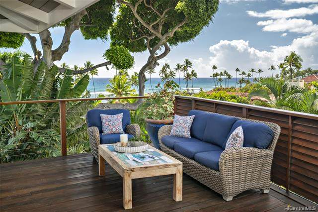 245 Palaoa Place, Honolulu, HI 96816 (MLS #202103511) :: LUVA Real Estate
