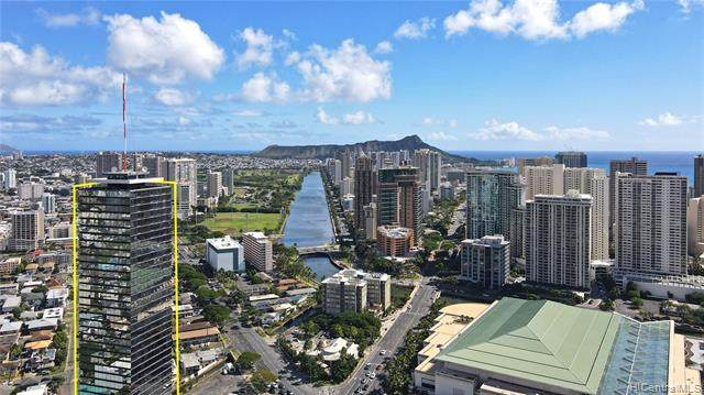 1750 Kalakaua Avenue #3704, Honolulu, HI 96826 (MLS #202103691) :: Team Lally