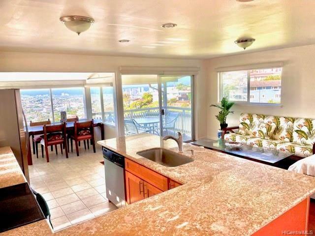 3901 Maunahilu Place, Honolulu, HI 96816 (MLS #202104295) :: LUVA Real Estate