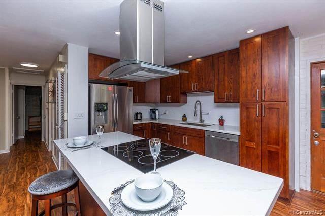 3577 Pinao Street #2, Honolulu, HI 96822 (MLS #202104437) :: LUVA Real Estate