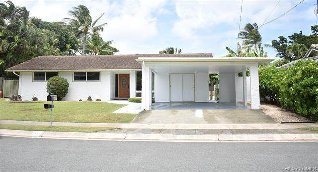557 Auwina Street, Kailua, HI 96734 (MLS #202108309) :: LUVA Real Estate
