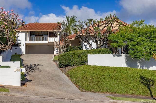 1594 Hoaaina Street, Honolulu, HI 96821 (MLS #202109906) :: Keller Williams Honolulu