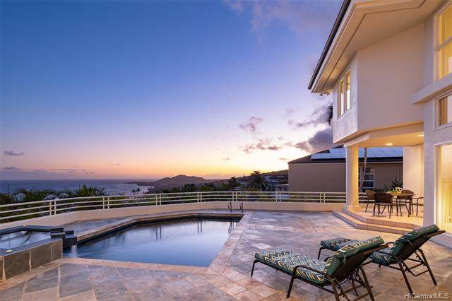 131 Maono Place, Honolulu, HI 96821 (MLS #202112099) :: Corcoran Pacific Properties