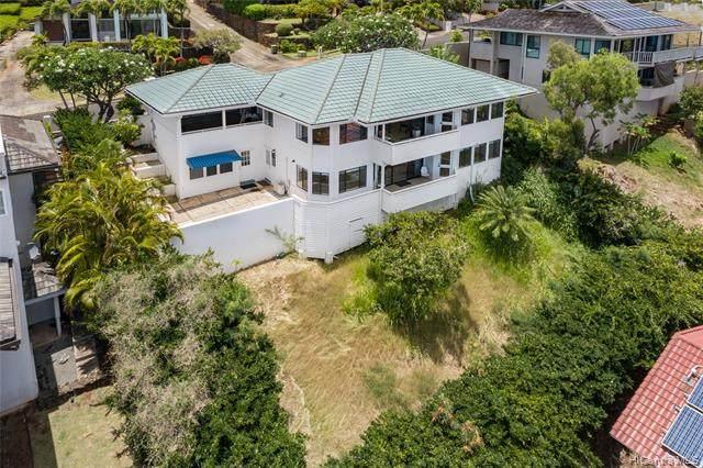 563 Kahiau Loop, Honolulu, HI 96821 (MLS #202112950) :: Corcoran Pacific Properties
