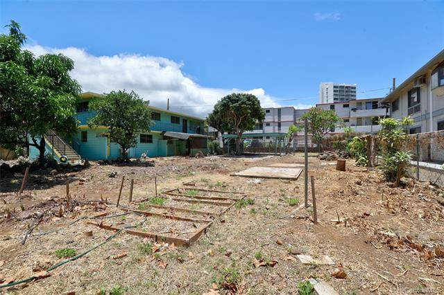 - Kapaakea Lane, Honolulu, HI 96826 (MLS #202115418) :: Corcoran Pacific Properties