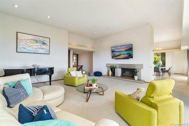 4557 Sierra Drive, Honolulu, HI 96816 (MLS #202115508) :: LUVA Real Estate