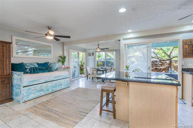 335 Manono Street, Kailua, HI 96734 (MLS #202115630) :: Team Lally