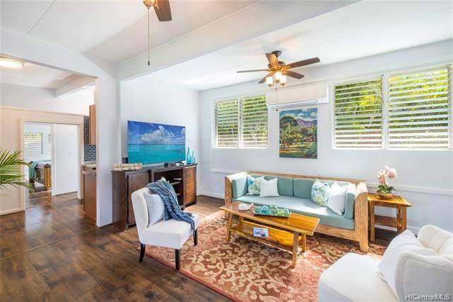 520 Oneawa Street, Kailua, HI 96734 (MLS #202115987) :: Team Lally