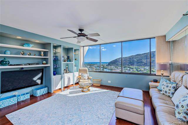 555 Hahaione Street 14A, Honolulu, HI 96825 (MLS #202116020) :: Hawai'i Life