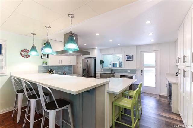 937 Hunakai Street, Honolulu, HI 96816 (MLS #202116714) :: LUVA Real Estate