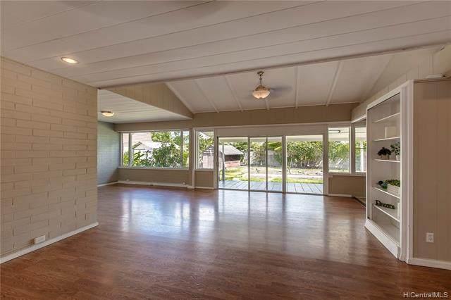 44-667 Kaneohe Bay Drive, Kaneohe, HI 96744 (MLS #202118522) :: Island Life Homes