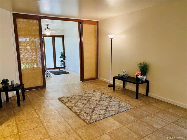 3230 Ala Ilima Street #103, Honolulu, HI 96818 (MLS #202119087) :: Team Lally