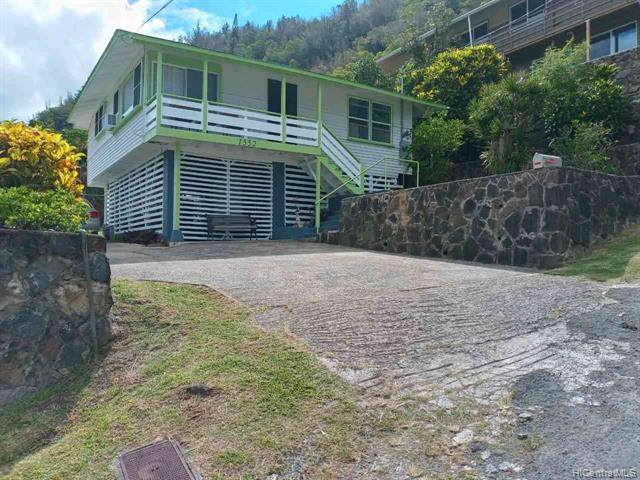 1552 Noe Street, Honolulu, HI 96819 (MLS #202120317) :: LUVA Real Estate