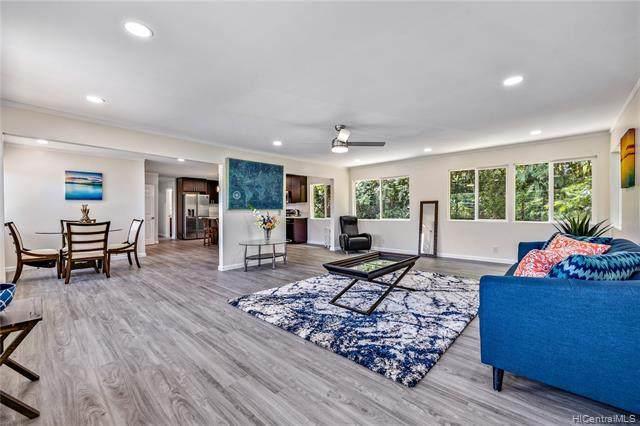 49-302 Kamehameha Highway, Kaneohe, HI 96744 (MLS #202121558) :: LUVA Real Estate