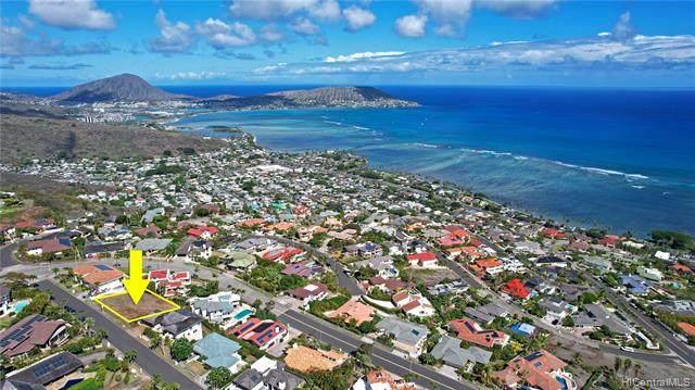 539 Kahiau Loop, Honolulu, HI 96821 (MLS #202121841) :: LUVA Real Estate