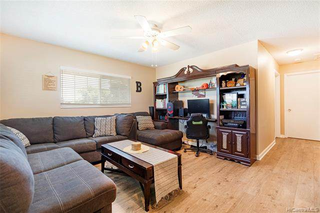 91-1042 Kaiau Avenue 13G, Kapolei, HI 96707 (MLS #202121854) :: LUVA Real Estate