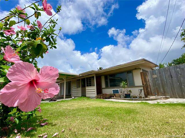 45-1101 Haleloke Place, Kaneohe, HI 96744 (MLS #202124000) :: Weaver Hawaii | Keller Williams Honolulu