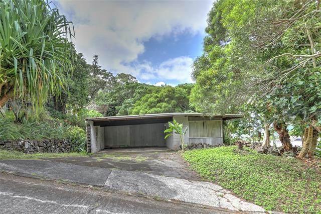3211 Melemele Place, Honolulu, HI 96822 (MLS #202124031) :: Keller Williams Honolulu