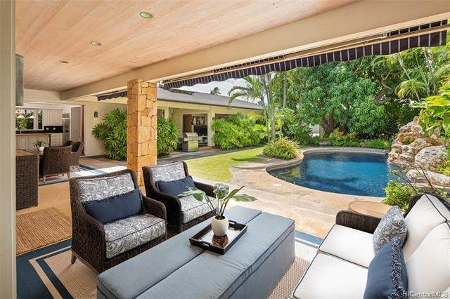 1037 Koloa Street, Honolulu, HI 96816 (MLS #202126145) :: LUVA Real Estate