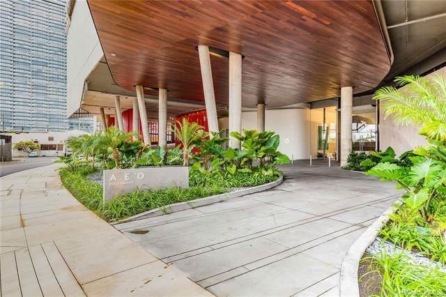 1001 Queen Street #3709, Honolulu, HI 96814 (MLS #202126477) :: Team Lally