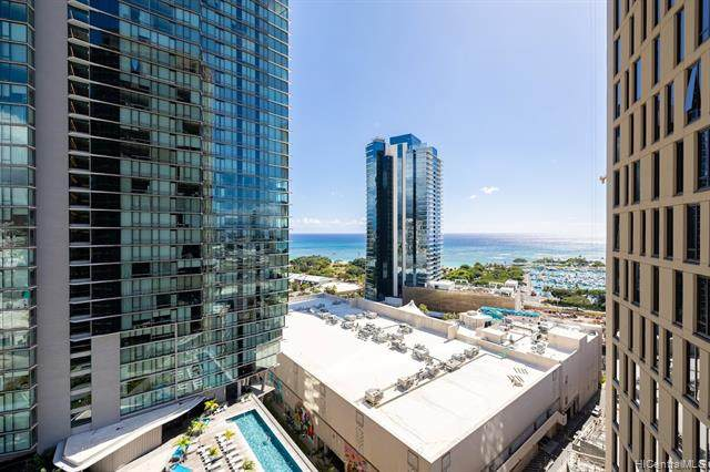 987 Queen Street #2010, Honolulu, HI 96814 (MLS #202126545) :: LUVA Real Estate