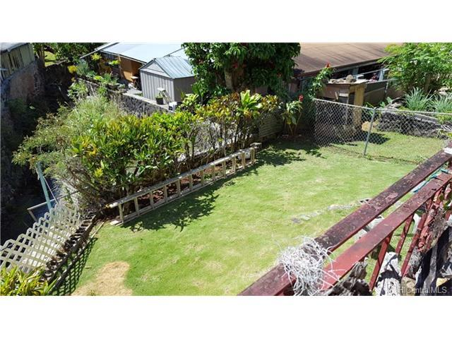 2841 Kamanaiki Street, Honolulu, HI 96819 (MLS #201707275) :: The Ihara Team