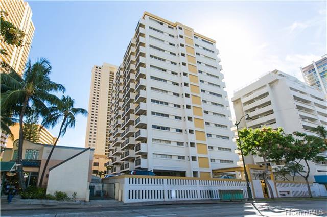 2465 Kuhio Avenue #1604, Honolulu, HI 96815 (MLS #201724081) :: Yamashita Team